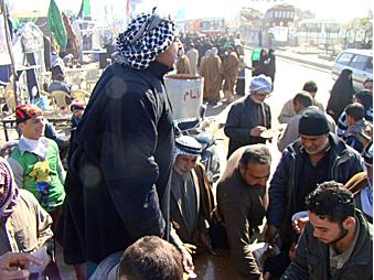 Pilgrims streaming into Karbala